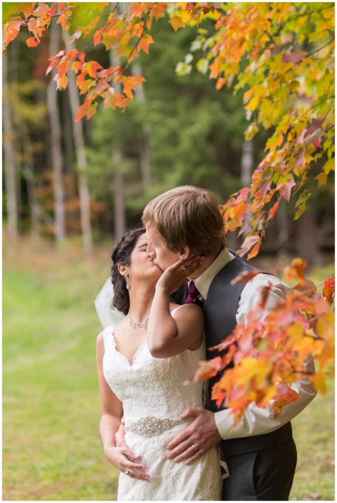 Southern Maine Fall Wedding Photos by Linda Barry Photography