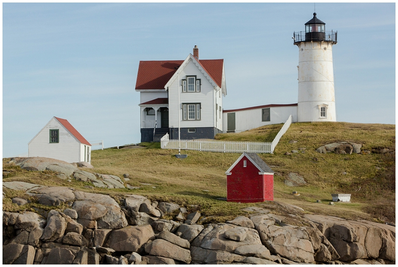 Melanie and Mike were married at Clay Hill Farm in Cape Neddick Maine. Click here to see more beautiful photos by Linda Barry Photography of their burgandy and navy wedding day! Nubble Lighthouse in York Maine.