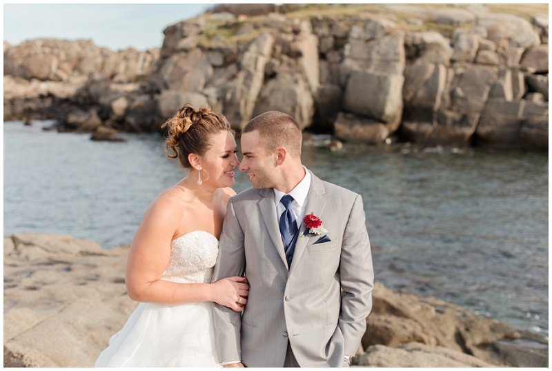 Melanie and Mike were married at Clay Hill Farm in Cape Neddick Maine. Click here to see more beautiful photos by Linda Barry Photography of their burgandy and navy wedding day! Bride and groom by the ocean.