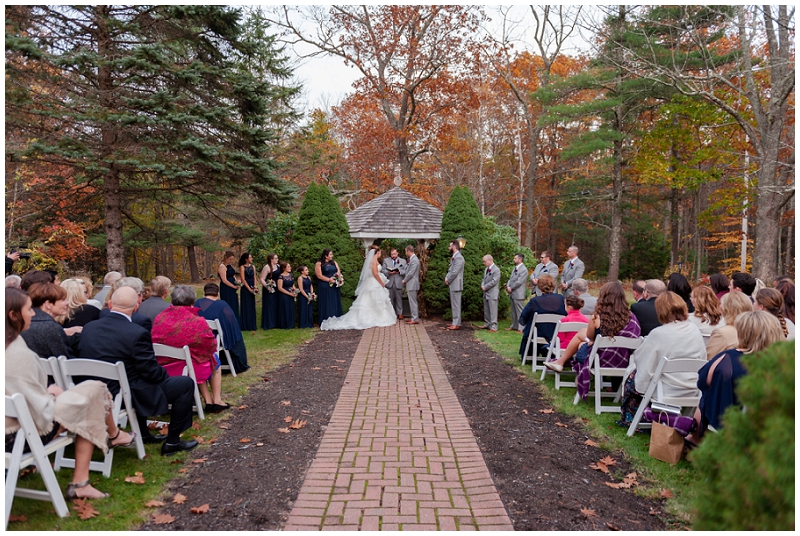 Melanie and Mike were married at Clay Hill Farm in Cape Neddick Maine. Click here to see more beautiful photos by Linda Barry Photography of their burgandy and navy wedding day! Outdoor wedding ceremony.