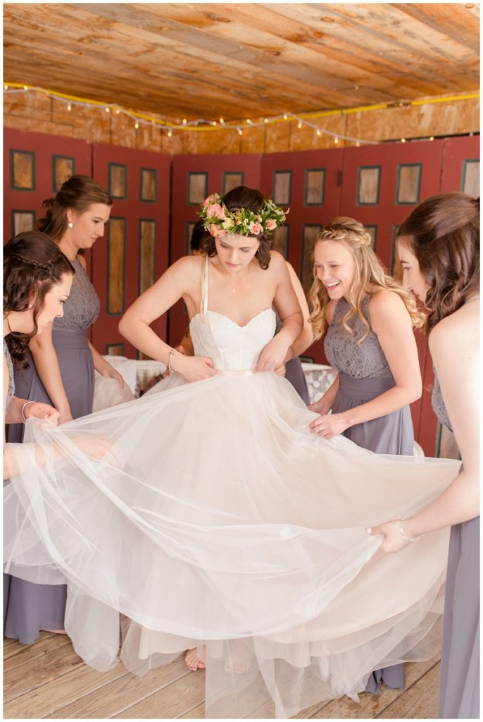 Emily and Nick were married at Stone Mountain Arts Center. Click here to see more wedding images by Linda Barry Photography. Bridal prep.