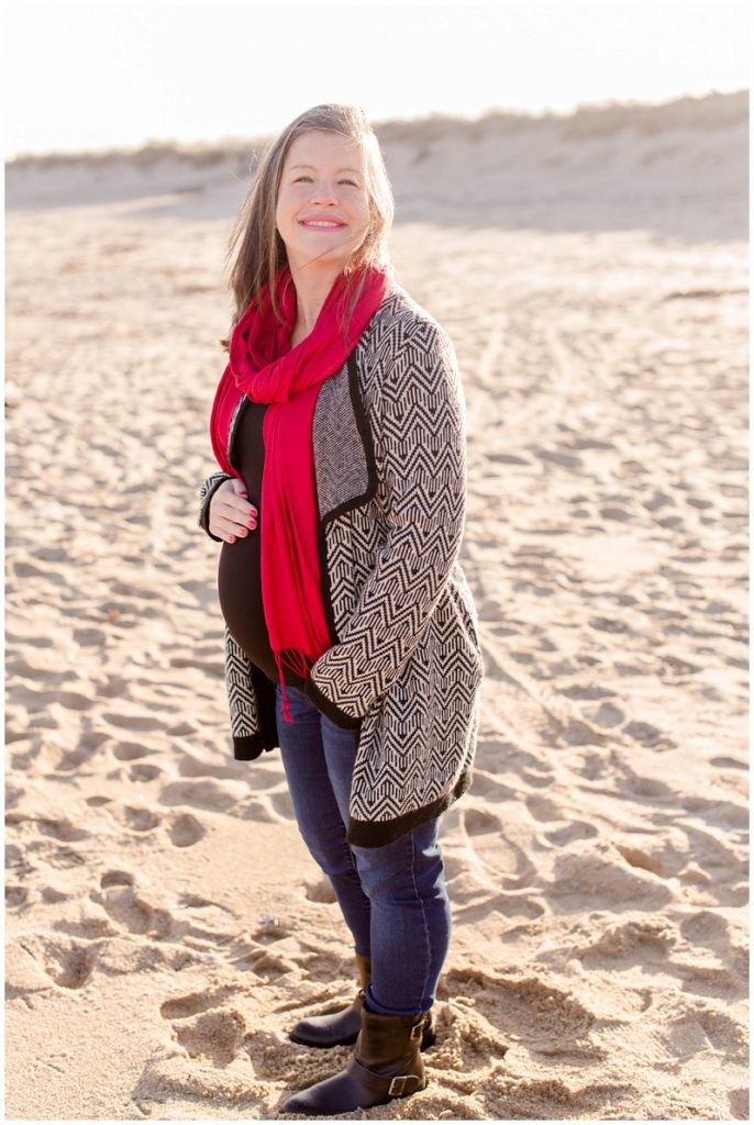 Rebecca and Roger decided to do their maternity photos at Salisbury Beach in MA. Despite it being a  cold December day, it was still beautiful! Photos by Linda Barry Photography.