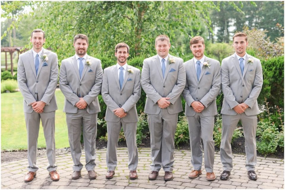 Groomsmen group photos. Click here to see more photos from this Atkinson Resort Wedding day! Photos by Linda Barry Photography.