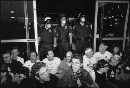 ACT UP/LA demonstration October 7, 1989, at the Federal Building, L.A. (Photo by Chuck Stallard)