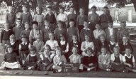1959 Mosman Infants School. self age 6, 2nd Row from Bttm, 3rd f lft, just above friend Erica.