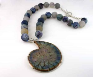 Blue-Fossil-with-Knotted-Agate-Beads-3