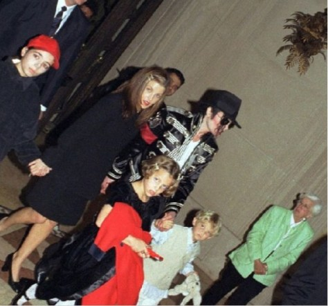 Benjamin with Lisa and Michael Jackson original photo used on Tabloid