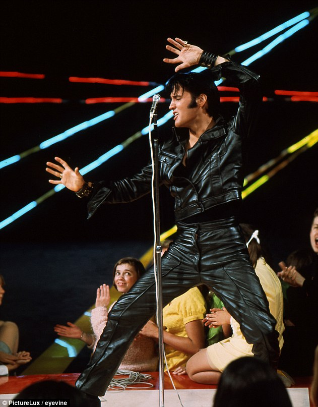4F10EA2100000578-6055423-Steve_Binder_admits_Elvis_pictured_was_the_opposite_of_how_he_ex-a-205_1534176013531