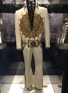 Jesse's Sundial suit from the front