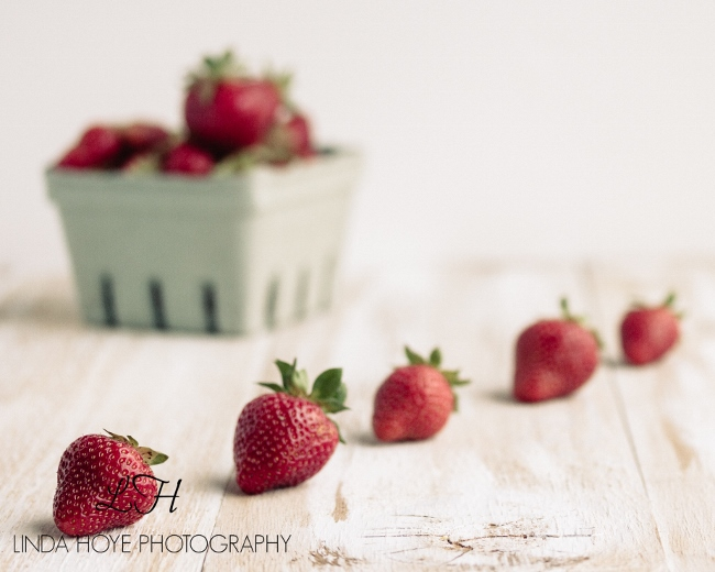 2016-05-28 Strawberries-1-10 (650x520)