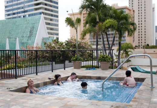 hot_tub_waikiki_marriott_resort_and_spa_-_Google_Search