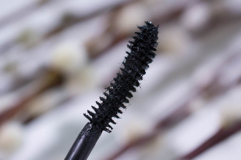 Miaray Fiberwig Paint On False Lash Mascara, the brush