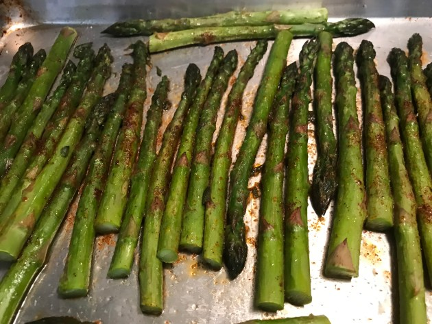 Mocha Chili Spiced Roasted Asparagus (3)