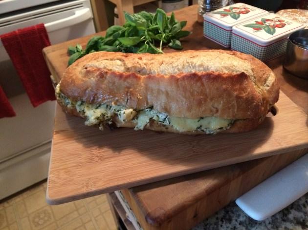 Cheesy Garlic Bread (1)