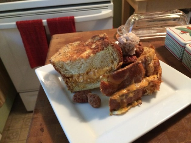 Pumpkin Cheese Cake Stuffed French Toast