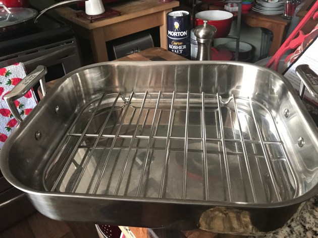 Roasting Pan With Rack.jpg