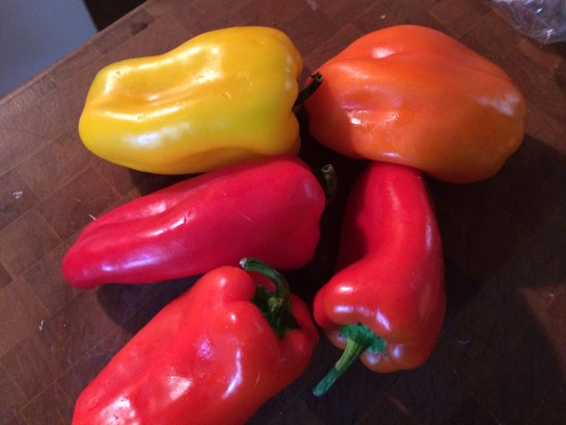 Mini Sweet Bell Peppers (2)