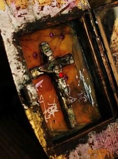 Linda Lenart McNulty-Encaustic Shrine-Promise of Abraham-Detail Interior (595x800)