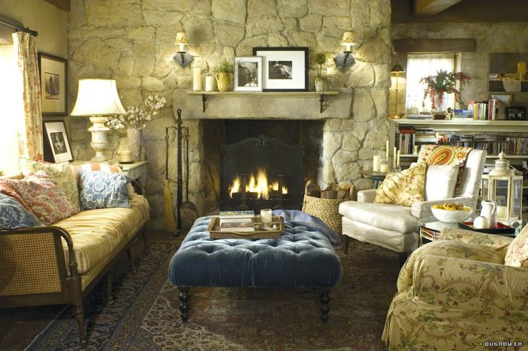The Holiday English Cottage living room Cameron Diaz Kate Winslet eclectic floral velvet