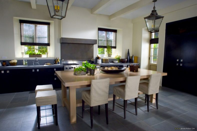 The Holiday LA House Kitchen counter slipcovered stools Cameron Diaz Kate Winslet