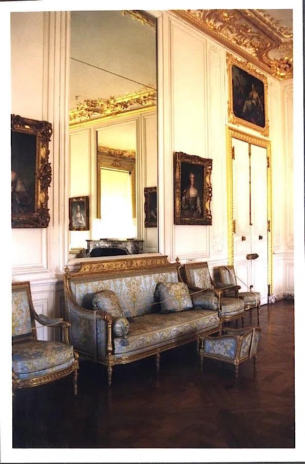 Versailles1104