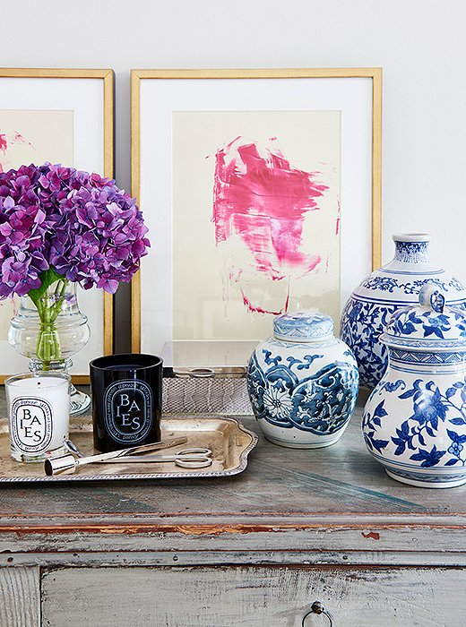 Home Again Movie chippy side board blue and white pottery