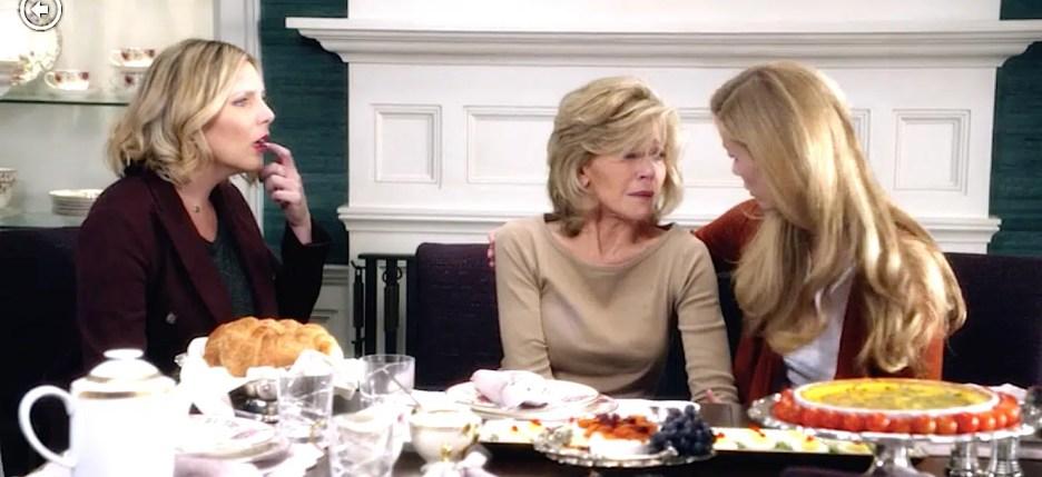 Grace and Frankie Jane Fonda Martin Sheen Brooklyn Decker June Diane Raphael, Grace Robert Mallory Brianna, dining room teal grasscloth, purple chairs