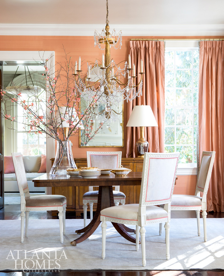 Suzanne Kasler Photographed by Erica George Dines Atlanta Buckhead dining room peach silk walls