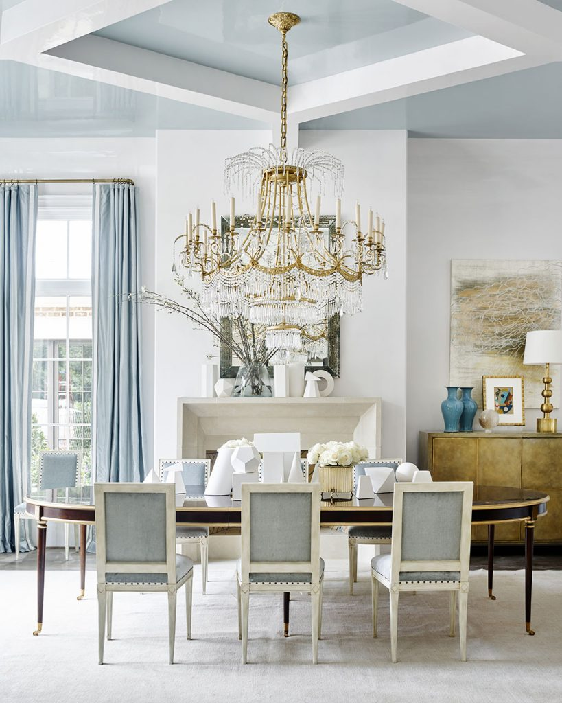 Suzanne Kasler Dining Room white walls blue drapery and upholstery