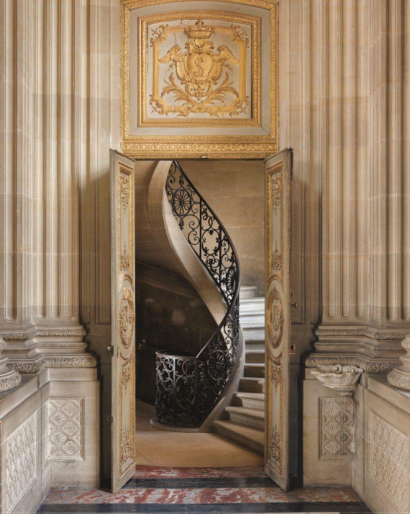 1_page27© Francis Hammond_Versailles Private Invitation_Flammarion versailles grand designs