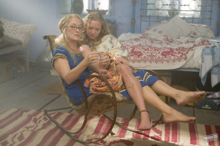 Mamma Mia Meryl Streep Amanda Seyfried in bedroom