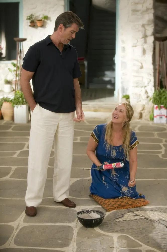 Mamma Mia Meryl Streep Pierce Brosnan courtyard