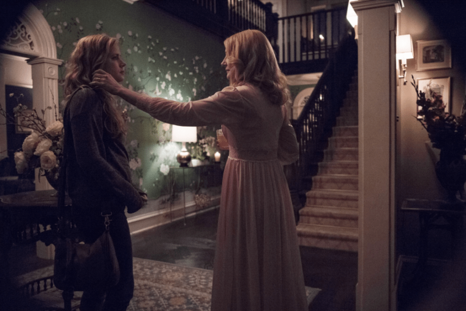 HBO Sharp Objects scene Amy Adams Patricia Clarkson chinoiserie wallpaper in hall