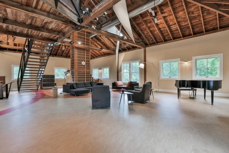 Newburyport modern carriage house conversion Andrew Sidford architect interior 9