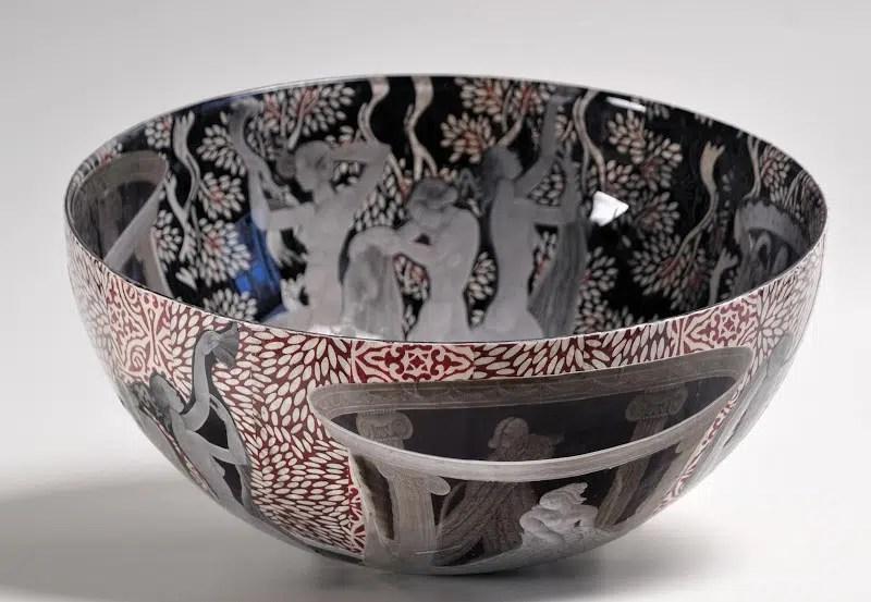 Jill Barnes-Dacey Decoupage bowl 2