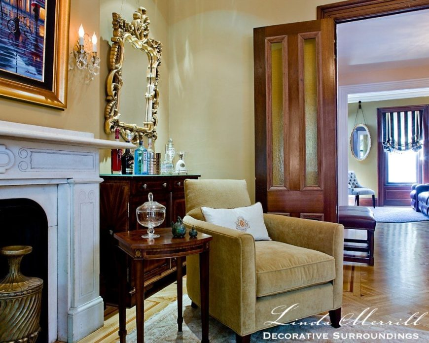 Linda Merrill design south end boston townhouse mirrors