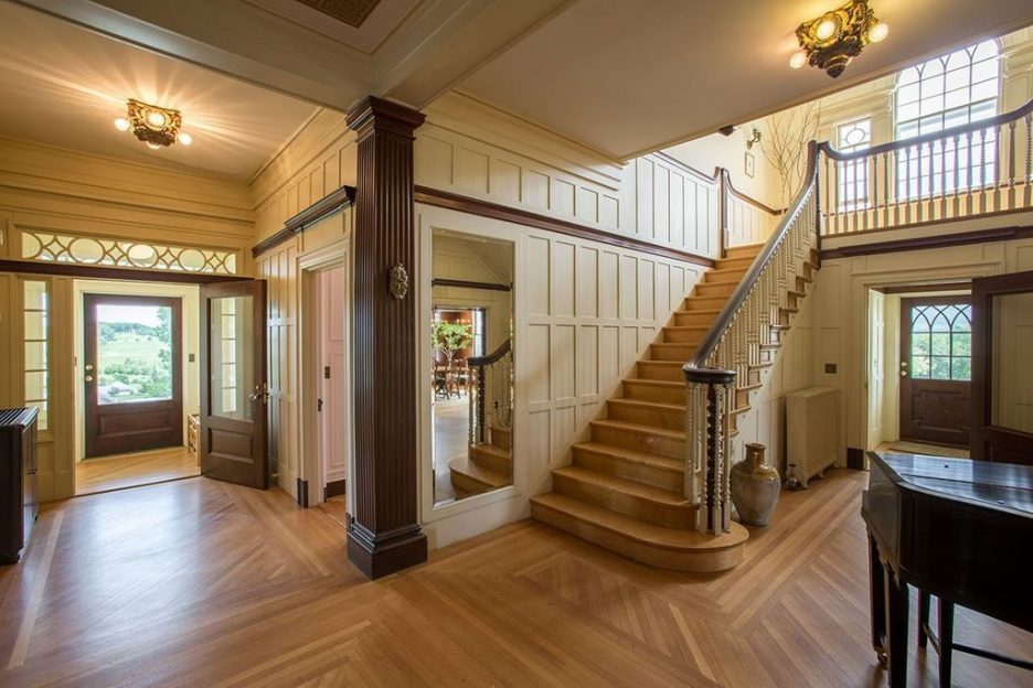 Burklyn Hall Front hall stair case