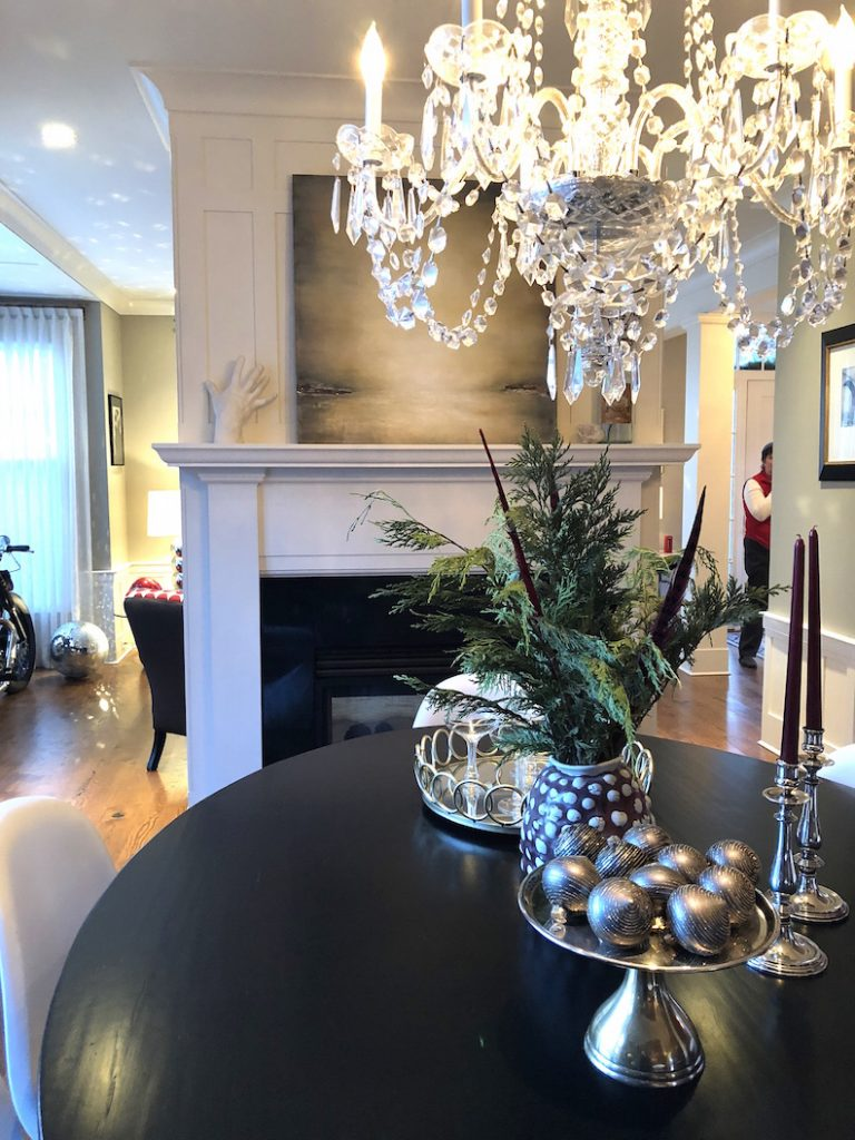 288 High Street Dining Room table Christmas Holiday House Tour 2018