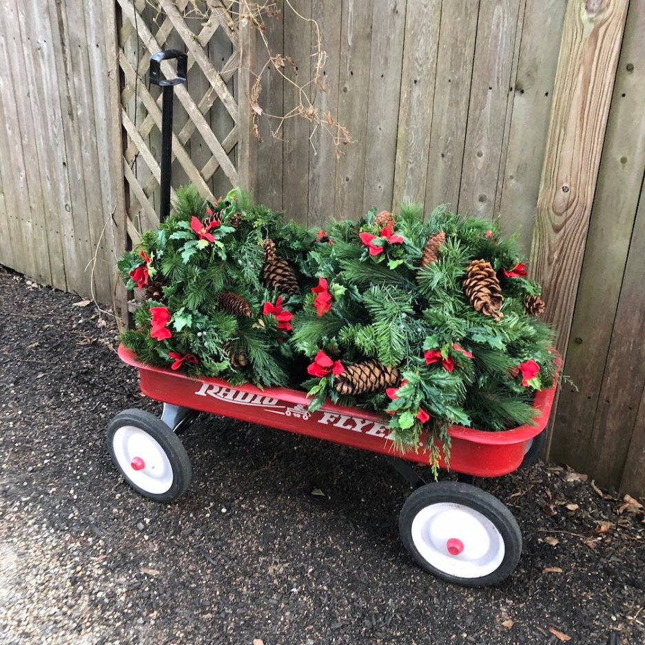 288 High Street flexible flyer with greens Christmas Holiday House Tour 2018