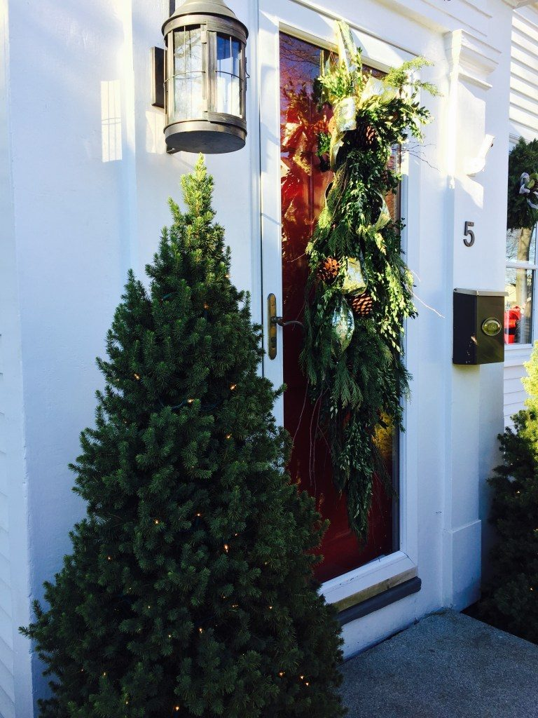 Newburyport Christmas Door Decorating greens antique house