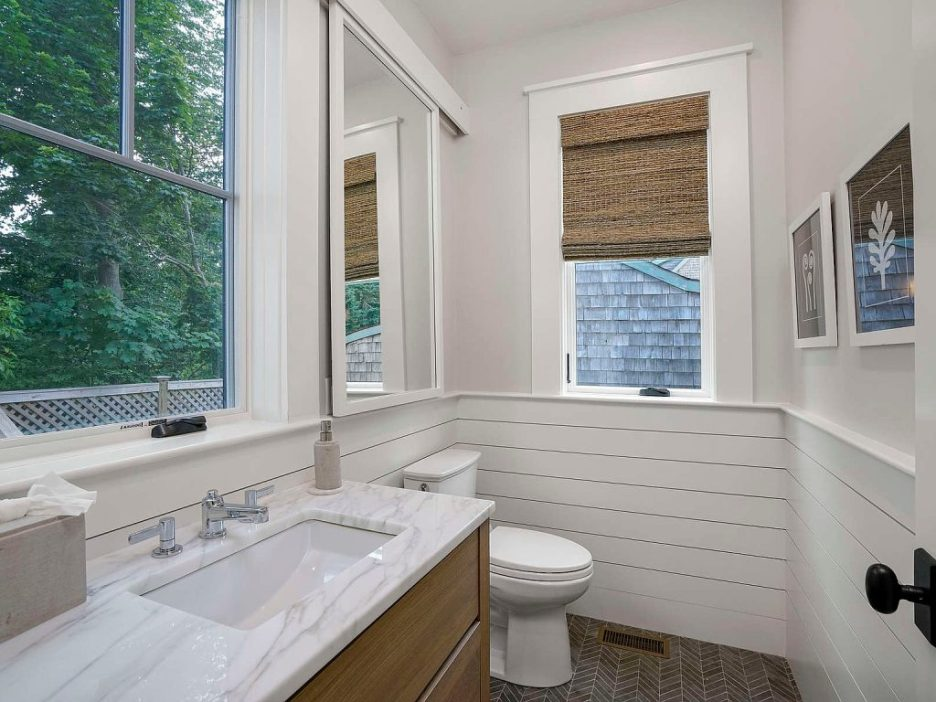 46 Winsor Street Duxbury Bay Ocean view bathroom 1