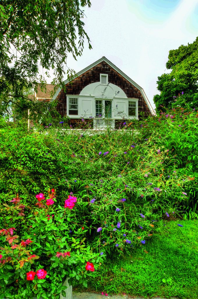 Behind the Privets Classic Hamptons Houses Maynard Back Spring 2019 Design Books