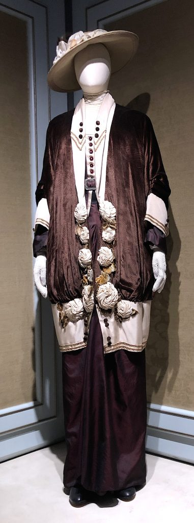 Cora Crawley Velvet Coat Downton Abbey Exhibition 7240