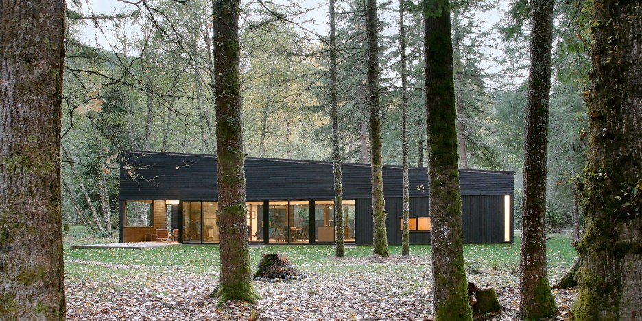 black-stained-house-throu