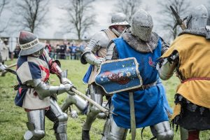 Photo -- Medieval knights in combat