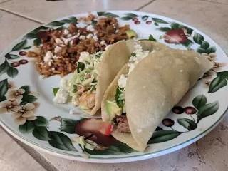 墨西哥烤牛肉與煎魚玉米餅Beef and Fish Tacos