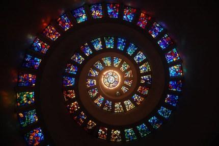 Glas in lood ramen in spiraal