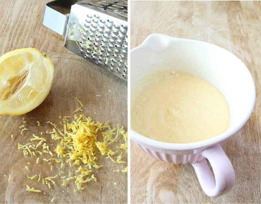 1. Riv citronskalet fint på ett rivjärn. Vispa ihop smeten enligt receptet.