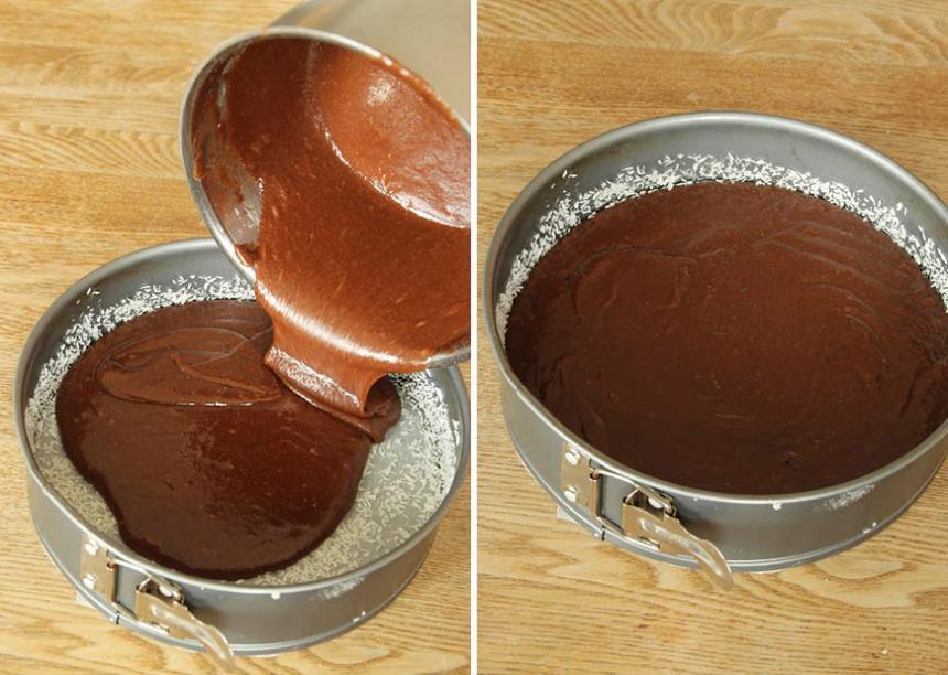 2. Häll smeten i en smord och bröad form, 22–23 cm i diameter, med löstagbar kant. Bröa formen med kokos eller ströbröd.