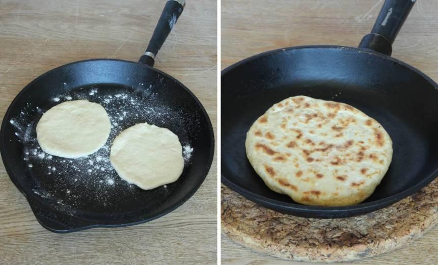 4. Värm upp en stekpanna i gjutjärn på medelvärme. Pudra lite vetemjöl i stekpannan (det ska inte vara något fett i den). Vänd brödet när det får bruna fläckar, ca 2 min per sida. Anpassa värmen så att brödet inte bränns.
